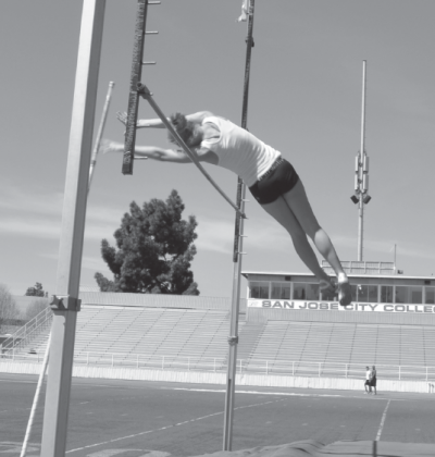 SJCC first female pole vaulter reaches new heights