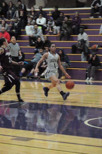 Basketball photos by Gary Mountain