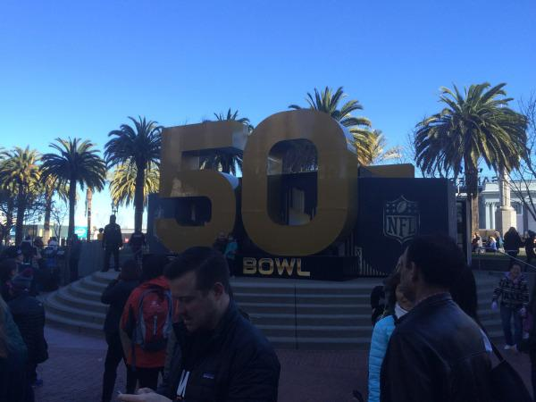 Super Bowl in Bay Area Fails to Excite Local Students