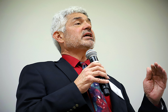 Owner, Publisher and Managing Editor for the Rio Grande Sun Robert B. Trapp addresses student journalists during his keynote speech at the 2017 Journalism Association of Community Colleges NorCal Conference at De Anza College on Saturday, Oct. 21, 2017. Trapp shares his experiences both good and bad in running a small publication and gave advice and tips on how to make a real difference when reporting news.