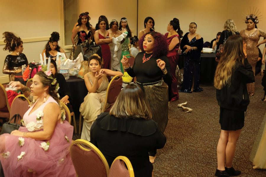 Cosmetology hosts Glam Gala