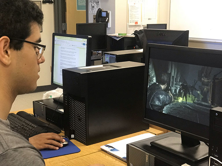 student plays Resident Evil 2