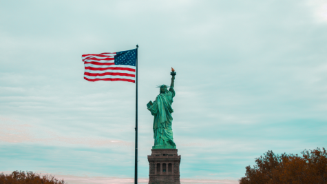 Valentine captured the American flag next to the Statue of Liberty